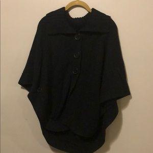 S/M Black Poncho